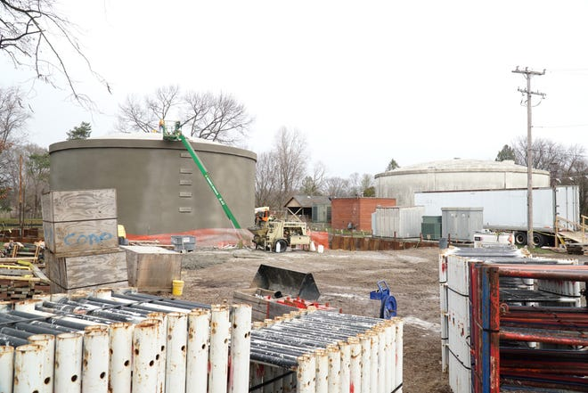 The two water storage tanks in South Lyon on Dorothy Street on Dec. 4, 2020.