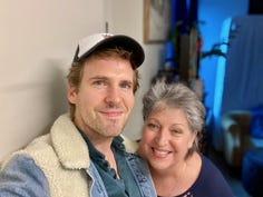 Ryan Spahn and Deborah 真人百家家乐官网网站homeister in New York City in October 2020.