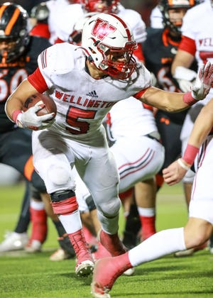 Wellington's Marc Ramirez (5) runs the ball against McCamey during the 2A-D2 State Quarterfinals on Friday, Dec. 4, 2020, at First United Park in Woodrow, Texas.