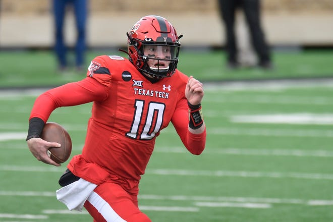 Texas Tech quarterback Alan Bowman passed for 1,602 yards in 2020 with 10 touchdowns and seven interceptions. Bowman announced Sunday he plans to transfer to Michigan.