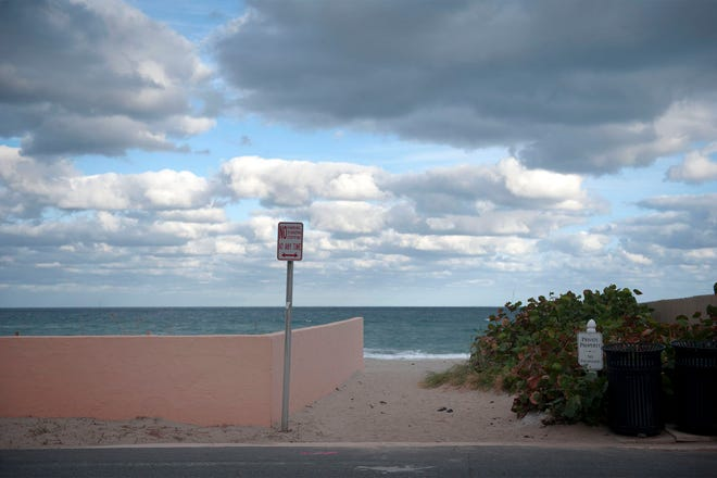 Beach access will be discussed by the Town council on Monday.
