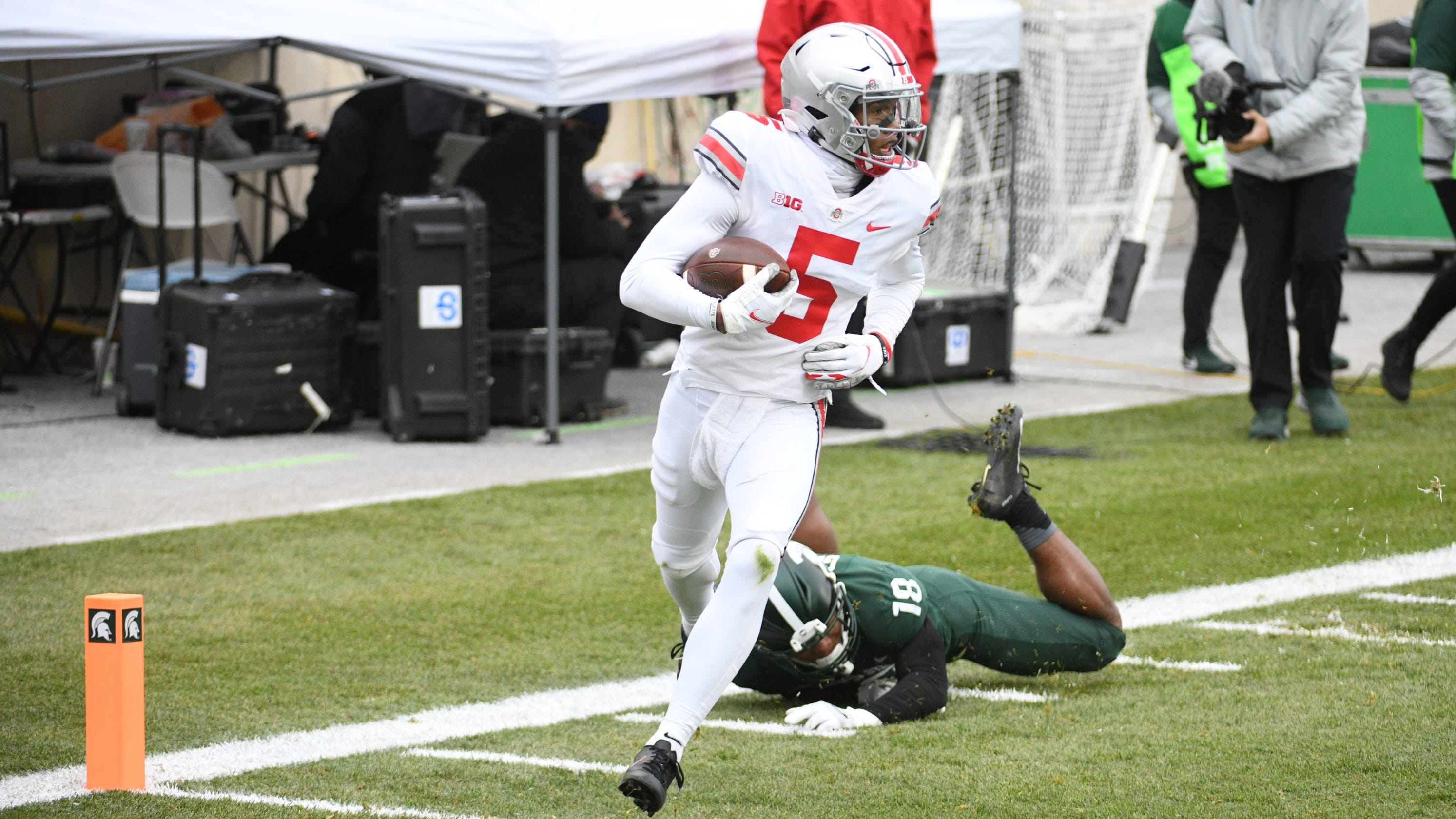 College football winners and losers from Week 14: Ohio State, Texas A&M stay on playoff track