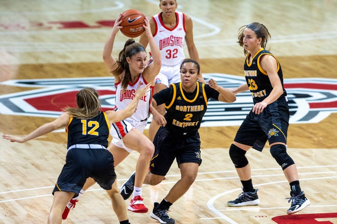 Ohio State guard Jacy Sheldon drives through the Northern Kentucky defense during the first half.