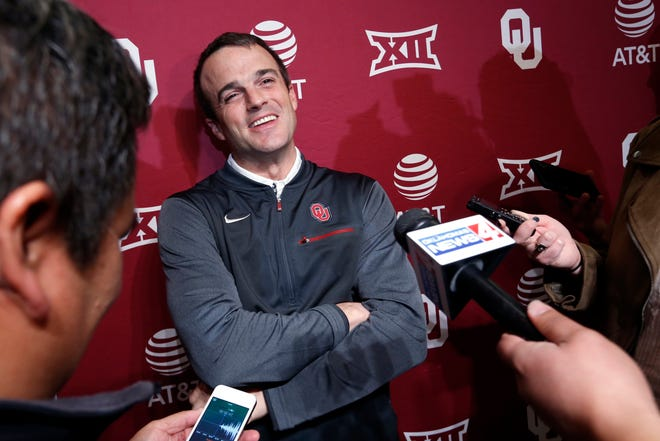Shane Beamer, an assistant football coach at Oklahoma, speaks during a news conference Jan. 26, 2018, in Norman, Okla.