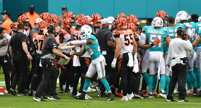 Tempers flare during an altercation between the Dolphins and Cincinnati Bengals in the fourth quarter.