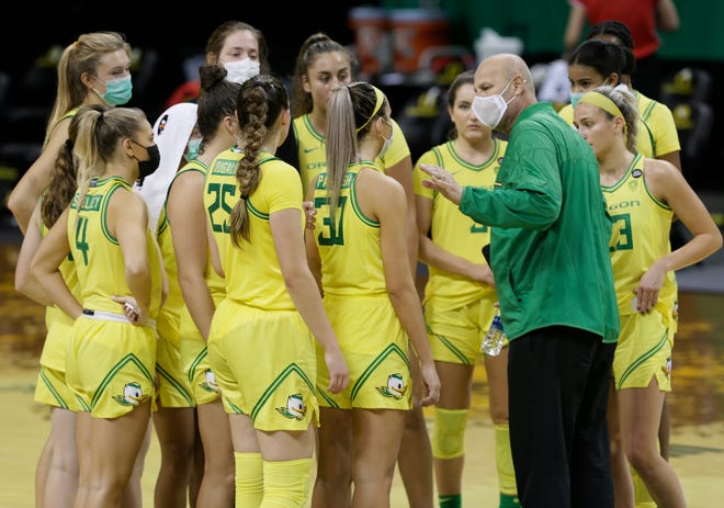 Oregon coach Kelly Graves and the Ducks will have two new assistant coaches and three new staff people next season.