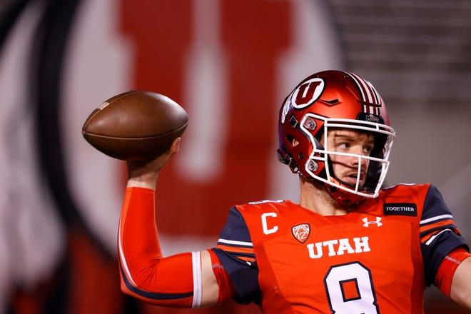 9Dec 5, 2020; Salt Lake City, Utah, USA;  Utah Utes quarterback Jake Bentley (8) prepares for their game against the Oregon State Beavers at Rice-Eccles Stadium. Mandatory Credit: Jeffrey Swinger-USA TODAY Sports