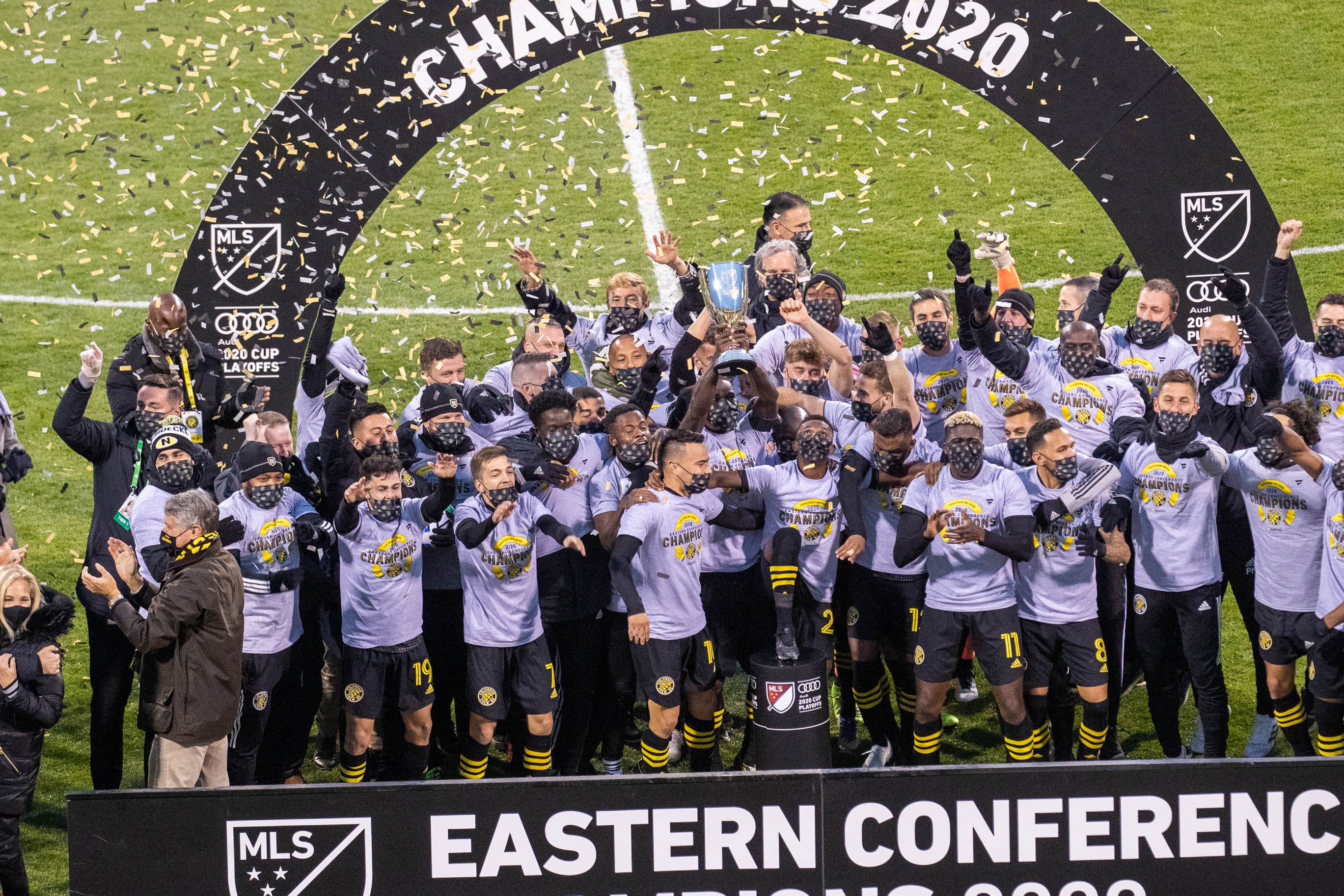 Columbus Crew top New England Revolution in Eastern Conference final; advance to MLS Cup for third time