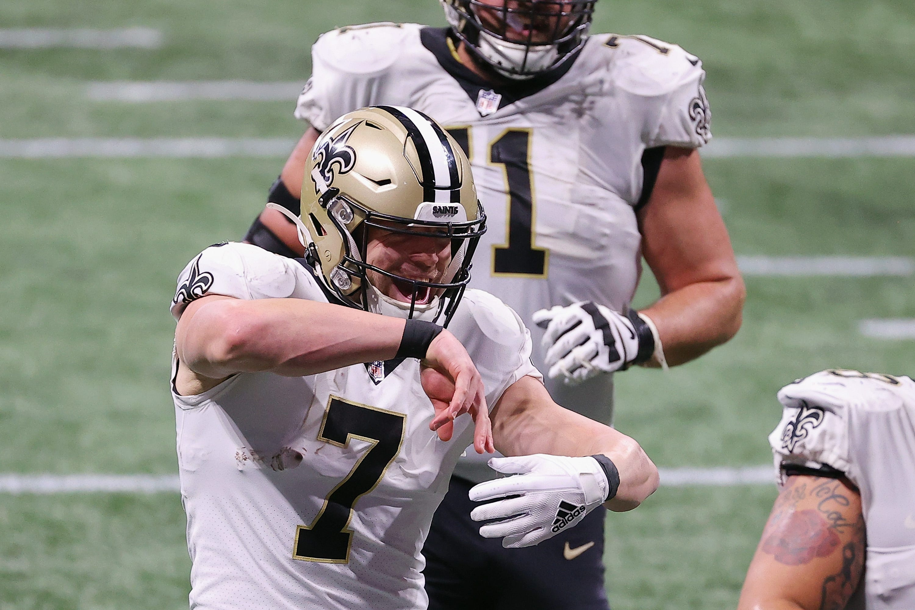 Saints, Chiefs become first NFL team to clinch playoff spot