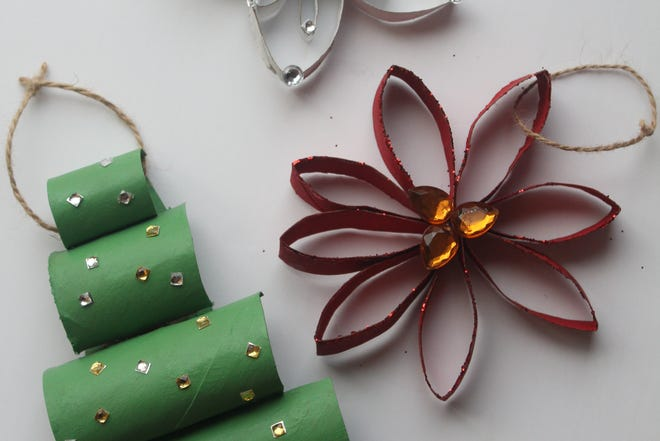 These easy-to-make ornaments are made from toilet paper rolls.