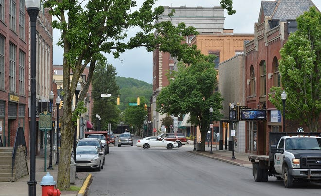 Meadville officials are looking for volunteers to serve on city commissions, boards and authorities.