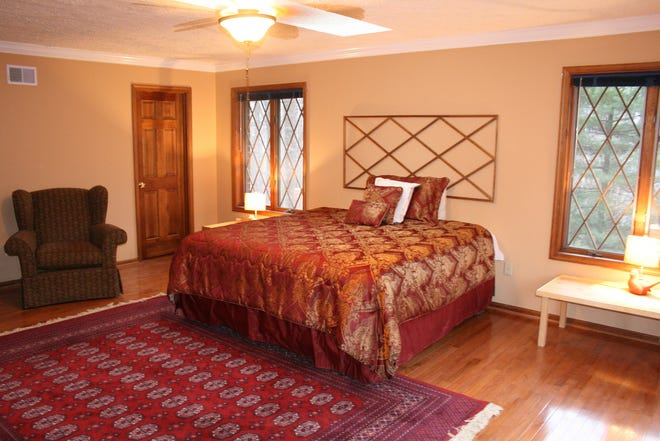 Tips to greatly enhance a guest room