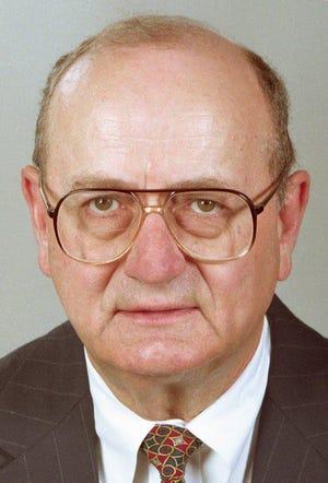 StarNews publisher John Lynch died on Dec. 3, 2020, at the age of 83. He was the publisher of the StarNews from 1987-2000.