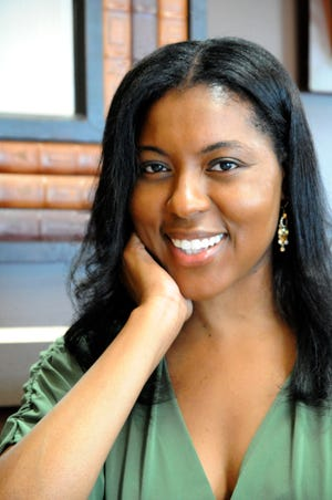 Ronda Penrice是Black汽车集团的成员。 她是《 Uptown Magazine》的作者,自由职业者和前副编辑。