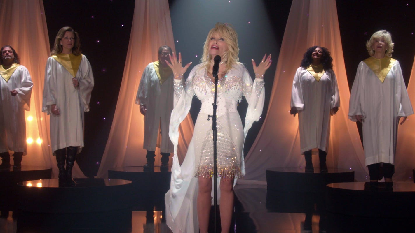 5 best moments from Dolly Parton's Christmas TV special, 'Holly Dolly Christmas'