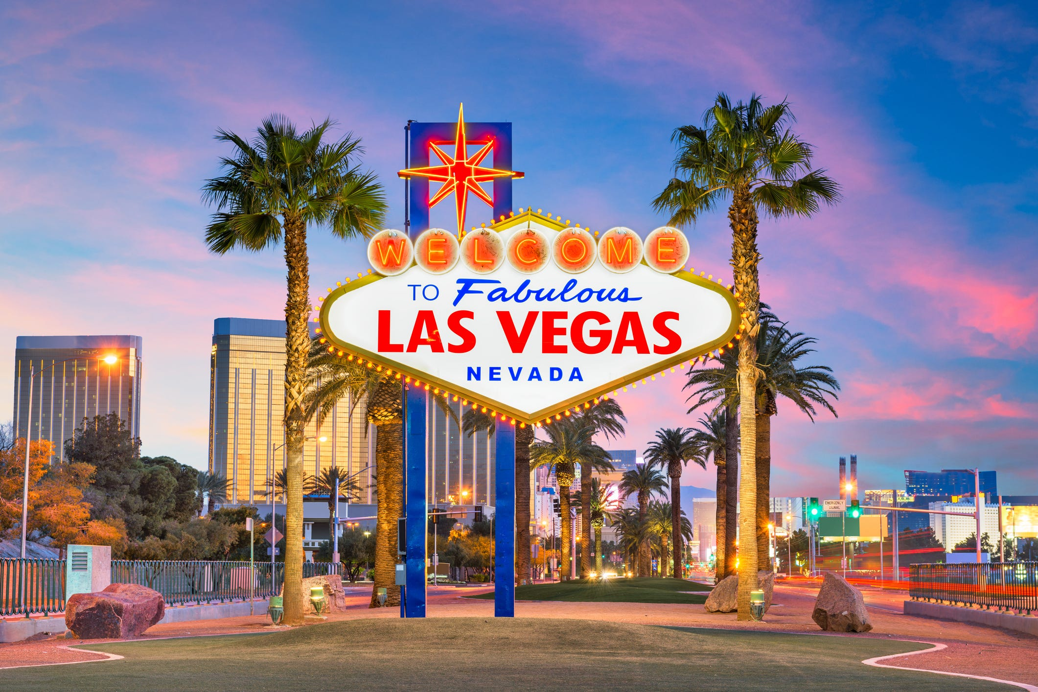 Leaving Las Vegas $300,000 richer: Tourist hits jackpot at airport slot machine