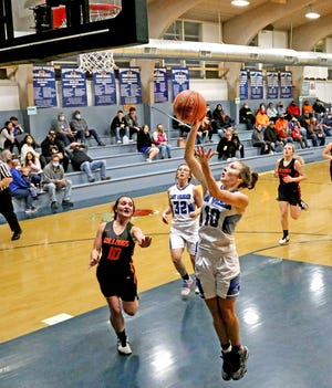 Southwest Livingston High School Lady Wildcats senior guard Lily Webb scores on a fast break layup in the first half of SLHS' 40-33 home win over Hardin-Central Monday (Dec. 7, 2020).