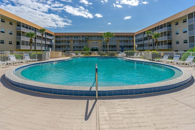 New Smyrna Beach's Waterway West offers its residents a heated pool, a gym, shuffleboard, a putting green, a shaded carport, a bicycle room, two extra-large storage closets and a clubhouse.