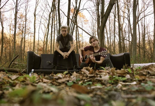 The Acoustic-Jukebox, with Trevor Vogt, left, and David Dunn, is scheduled to perform Sunday at Mound Grove Golf Course in Waterford.