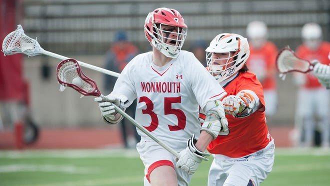 Monmouth College's Jeff Knapp looks to score in a men's lacrosse game last season. [KENT KRIEGSHAUSER/For Monmouth College]