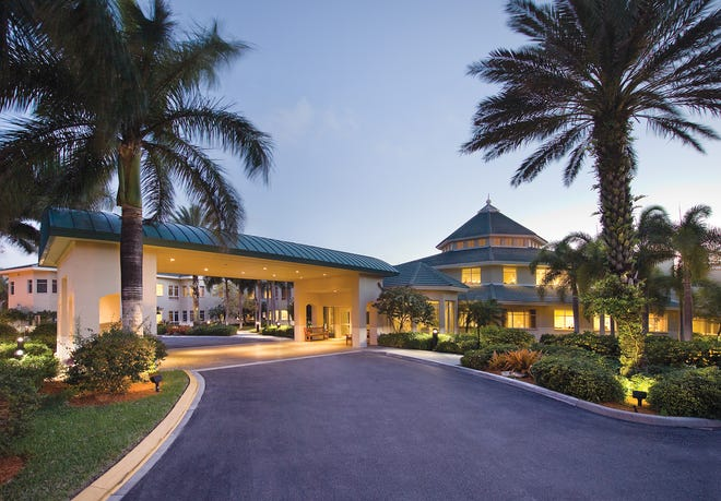 U.S. News & World Report named The Chateau at Moorings Park one of the Best Nursing Homes in the country.