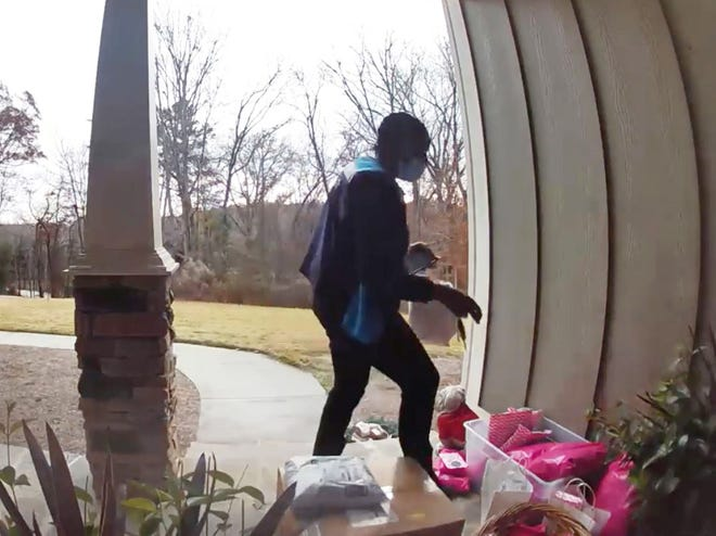 Jackson County investigators have identified this woman suspected of taking packages off a porch in Nicholson. [Jackson County Sheriff's Office photo]