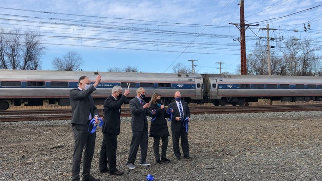 Sens. Tom Carper and Chris Coons and Rep. Lisa Blunt Rochester, all D-Delaware, joined representatives from Amtrak and SEPTA to announce a recently completed $71.2 million project to increase capacity between Wilmington and Newark on the Northeast Corridor.