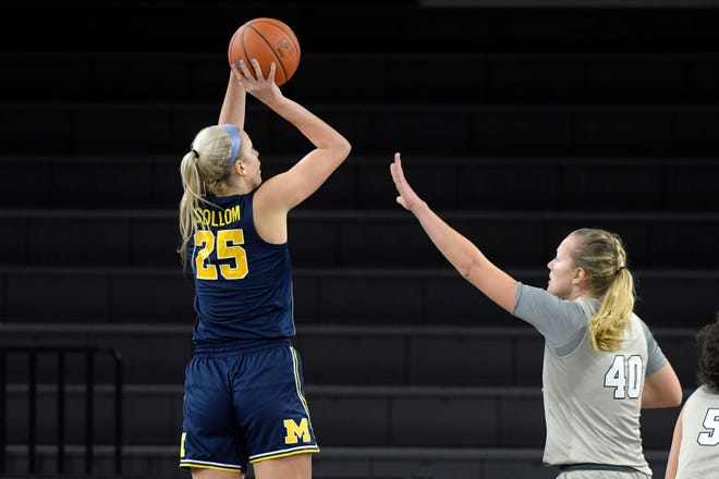 Whitney Sollom (25) of Hartland scored four points in nine minutes in her second game for the University of Michigan at Oakland University on Nov. 27, 2020.