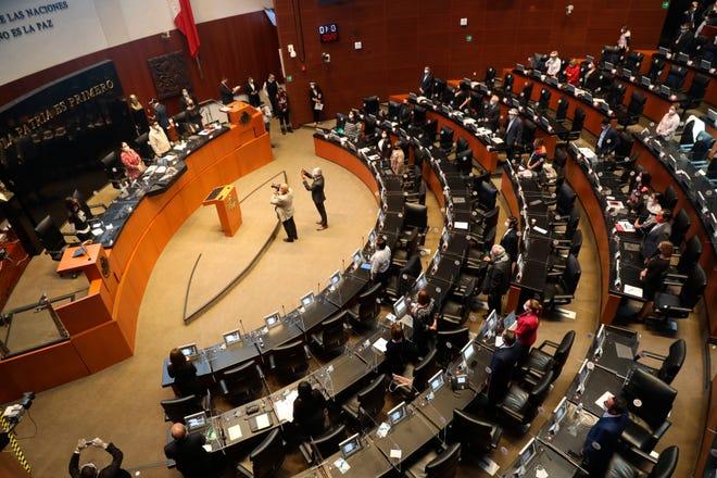 Vista general de una sesión en la Cámara de Senadores, en Ciudad de México.