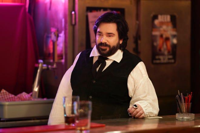 """Matt Berry en tant que vampire malheureux Laszlo dans l'hilarant de FX """"Ce que nous faisons dans l'ombre."""""""