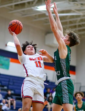 Glenn guard Robbie Marshall tied his school record with nine 3-pointers and scored 27 points as the Grizzlies beat Vandegrift Tuesday, 92-67.