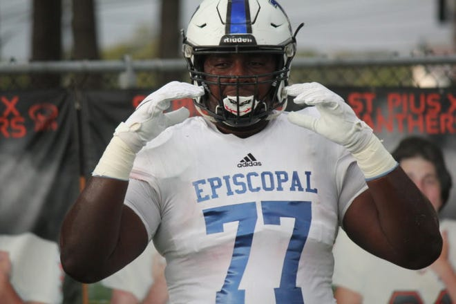Houston Bellaire Episcopal's Donovan Jackson is the state's top prospect for the 2021 recruiting class. He plays tackle in high school but is expected to move inside to guard or center in college. He's committed to Ohio State.