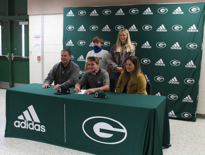 Brayden Collett signs a baseball scholarship with Georgia Southern University on Wednesday at Greenbrier High School.