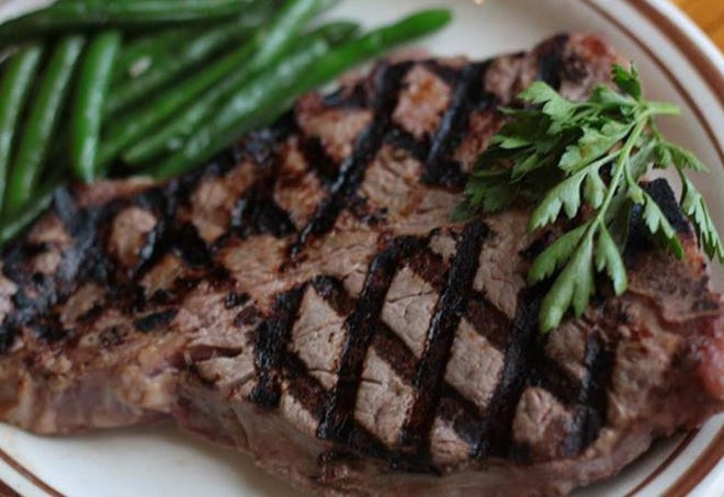 The Hickory House is known for its signature 18- to 20-ounce porterhouse.