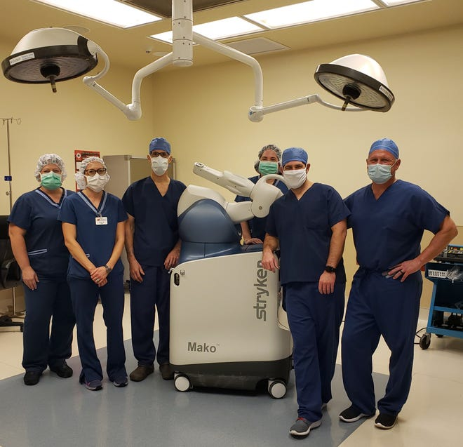 Wooster Ambulatory Surgery Center staff can now offer robotic arm assisted total knee and partial knee replacements with Stryker's Mako SmartRobotics System.