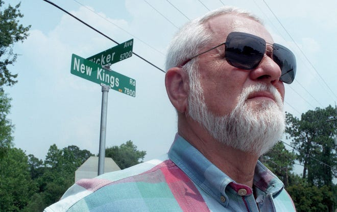 In this 1997 photo, Lee Cody, who investigated Johnnie Mae Chappell's murder in March 1964, was photographed near the location where the drive-by shooting took place.