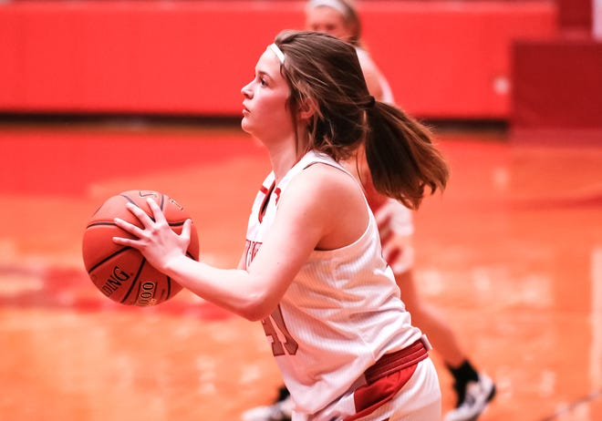 Glen Rose's Kaydence Davis has a good look at the basket during action with Eastland on Tuesday night at Tiger Arena.