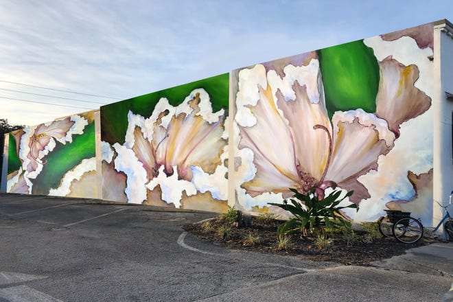 "Lakeland artist Kate Hall has envisioned painting a mural, ""Crape blossoms,"" depicted in this rendering, along the side of Low Country Vintage at 913 S. Florida Ave. in Lakeland. The mural will be one of the first participating in the Art Infusion Grant Program."