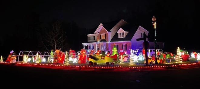 Christmas lights on display in The Highlands neighborhood in Chesterfield County in Dec. of 2020.