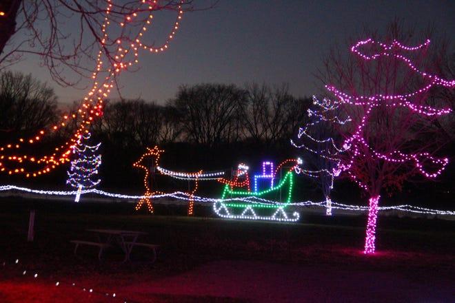 Sleepy Eye Holiday Lights in Motion