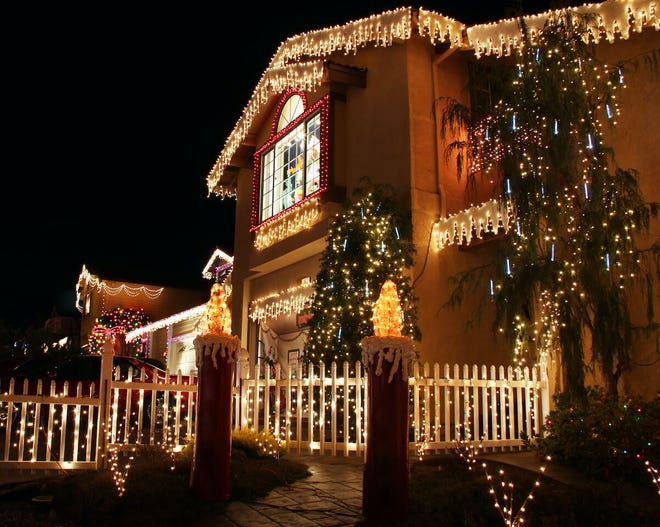 Able Insurance Agency sponsors 'Merry & Bright' Christmas Lights contest.
