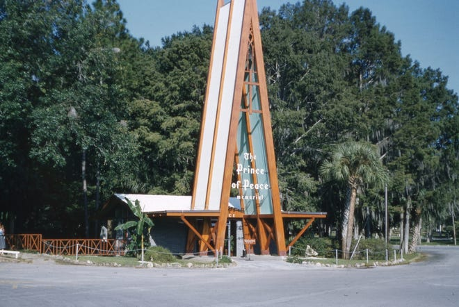 Prince of Peace Memorial at Silver Springs in Ocala. Photographed in October 1958.