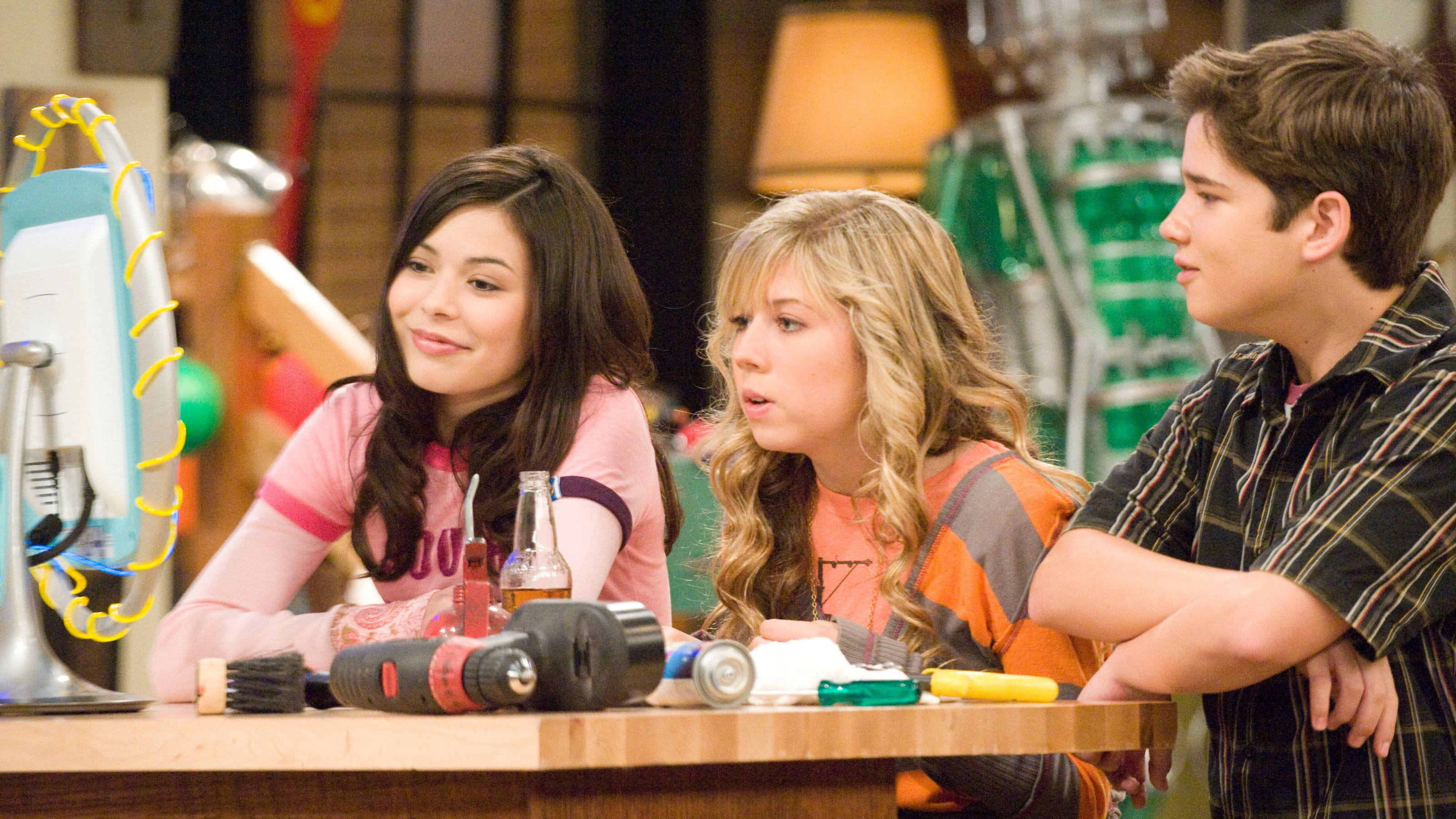 Icarly Reboot Ordered By Paramount With Original Cast Reports