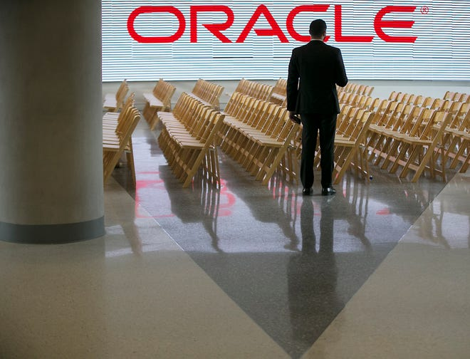 Oracle, the second-largest software company in the world, did not immediately provide a timeline for moving its headquarters to Austin, or say how many more jobs it might bring here.