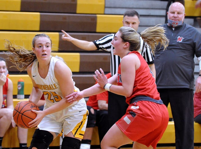Brooklyn Troyer (left) leads Waynedale into district play as the top seed in its super-distict.