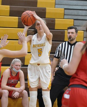 Waynedale's Laney Murphy fires a 3-pointer in the Bears' win over Norwayne.