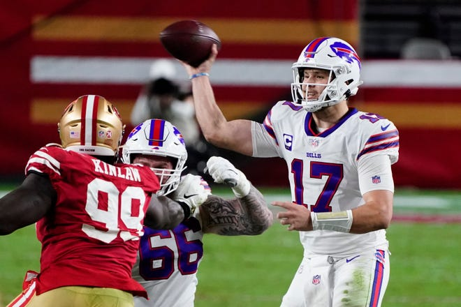 Buffalo quarterback Josh Allen (17) leads the Bills against the Pittsburgh Steelers on Sunday night in a battle of AFC division leaders.