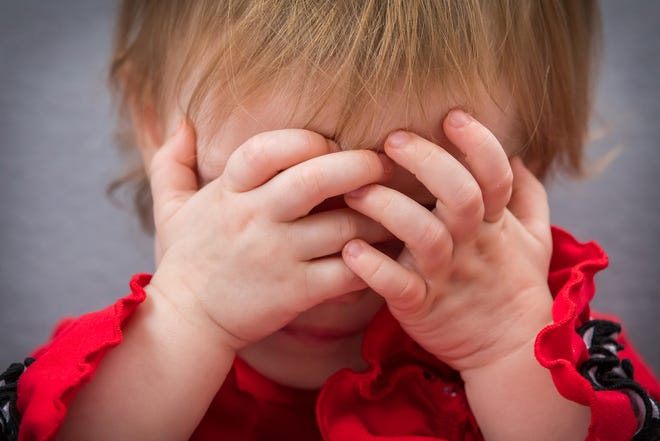 Under the Hand in Hand child-raising theory, toddlers hit – initially at least – because they are experimenting.