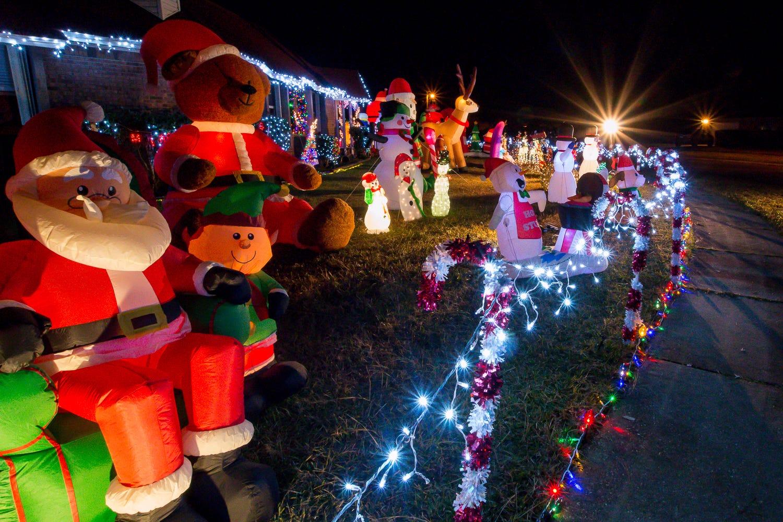 Pace Fl Christmas Parade 2021 Pensacola Christmas Lights Ultimate Pensacola Milton Christmas Light Guide