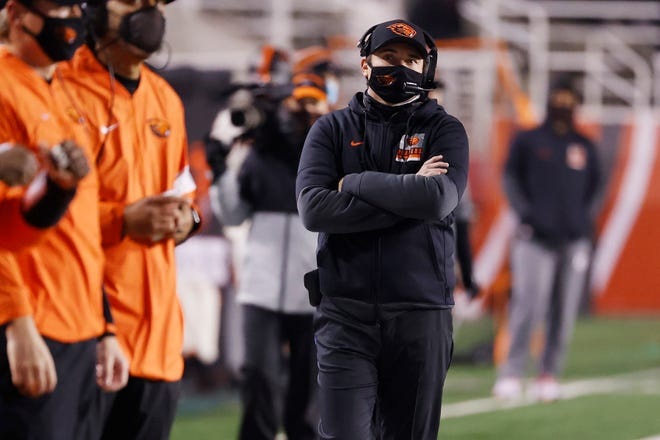 Oregon State coach Jonathan Smith needs a win over Stanford on Saturday to even the Beavers' record at 3-3.